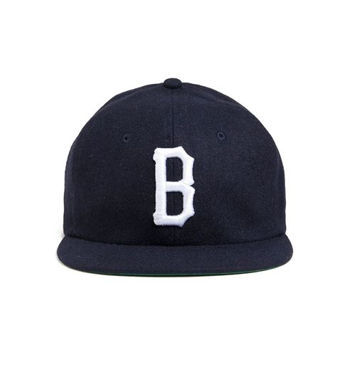 Picture of Vintage B Logo Snapback Navy