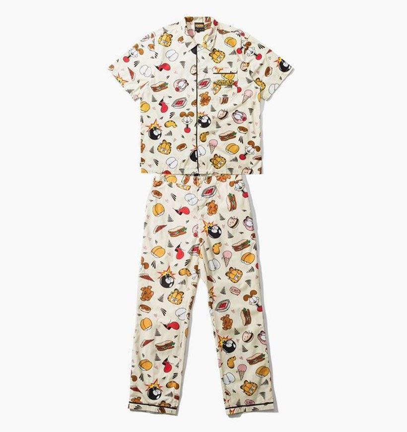 Picture of Garfield Pajama Set Pale Yellow